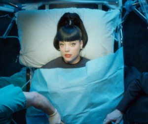lily-allen_hard-out-here