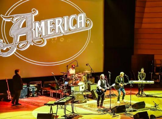 Gli America festeggiano 50 anni di carriera con tre compilation