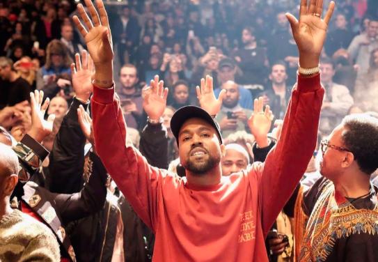 Kanye West: d'ora in poi canterò solo musica gospel contemporanea